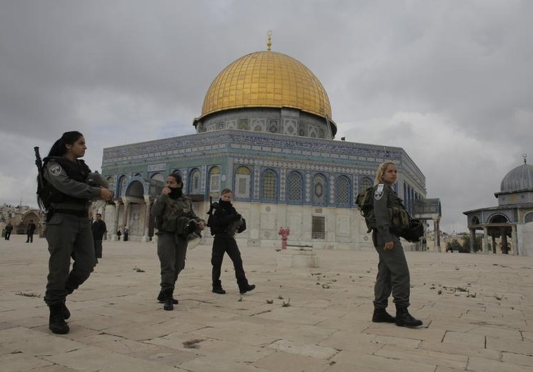 Israeli Border Police officers patrol Temple Mount Noble Sanctuary. (Reuters)